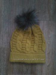 шапка крупной вязкой косами, с меховым помпоном