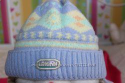 Продам детскую шапочку зимнюю