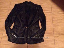Красивая, стильная куртка-пиджак