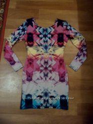 Фирменное платье отличного качества
