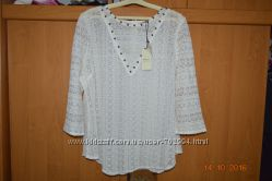 нарядная блуза в новом состоянии