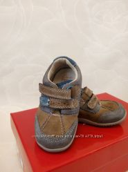 Кожаные туфли Clarks на мальчика р. 18