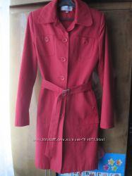 легкий плащ 42 размер, классический красный плащик на весну-осень