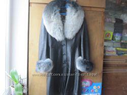 кожаное пальто с мехом песца, кожаное пальто демисезон-зима М
