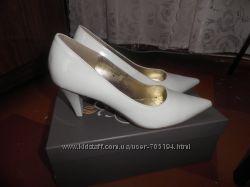 продам свадебные туфли размер 38