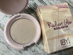 США Розово-жемчужный хайлайтер для лица IBY BEAUTY Radiant Glow Highlighter