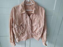 Джинсовая куртка с накладными карманами, р S