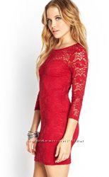 НОВОЕ Платье красное S