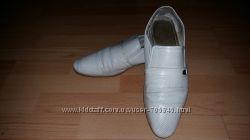 Туфлі білі шкіряні 44р.
