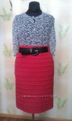 Красная юбка-карандаш батал