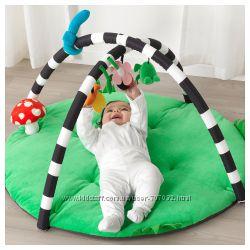 Развивающий коврик с игрушками IKEA