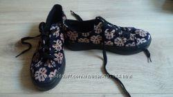 Мокасины, слиперы, кросовки, ботинки 39р
