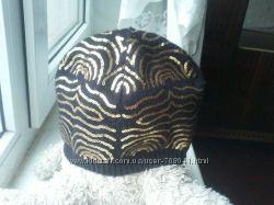 шапочка утепленная флисовой подкладой в золоте на обьем 54