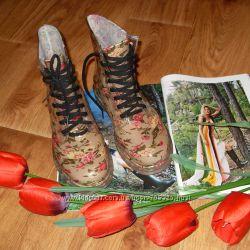 Силіконові черевики в квіточки 23, 5 см