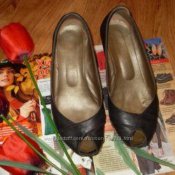 Туфлі натуральна шкіра 38 р 24, 5 см
