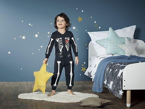 Пижама на мальчика, светится в темноте 98/104 Lupilu.