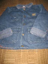 Плотная стильная демисезонная курточка Oshkosh
