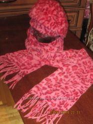продам симпатичный комплект новую шапку берет шарф