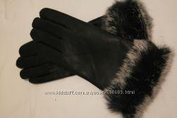 Перчатки кожаные с меховой оторочкой