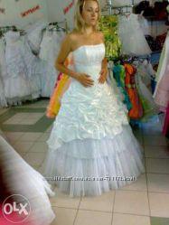Продам весільну сукню, без кругів