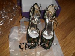 Брендовые туфли, босоножки Charles David США с небольшим изъяном