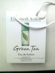 Парфюмированная вода Elizabeth Arden Green Tea в подарочной упаковке