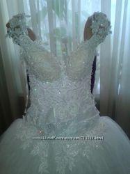 Шикарное ооочень  платье