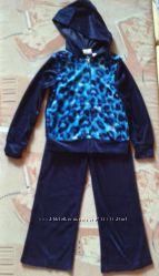Спортивный костюм для девочки 4-5лет велюровый
