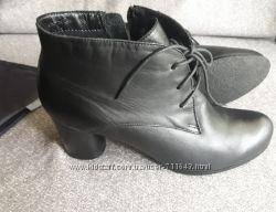 Демисезонные ботинки кожаные Respect.