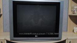 Телевизор LG RT-29FA35RB