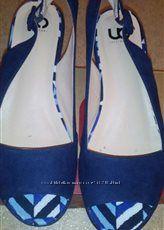 Босоножки на танкетке, синие 38 р