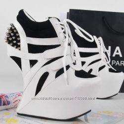 ботинки    модные в наличии