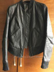 куртка кожаная Levi&acutes