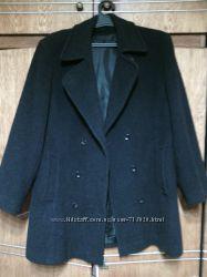 пальто до 1, 12 за 200грн