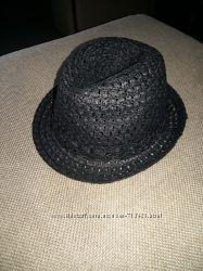 Стильная шляпка федора