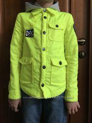 Mexx салатово-неоновая ветровка на мальчика 140 р бу