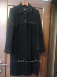 строгое пальто