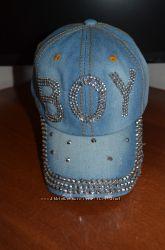 Выбор Супер кепки с камнями в наличии