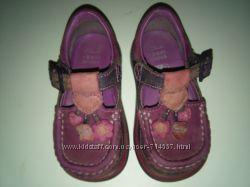 Туфли для девочки Clarks  20-23 р.