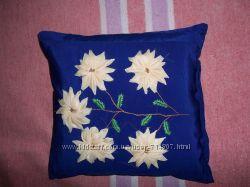Маленькая декоративная подушка