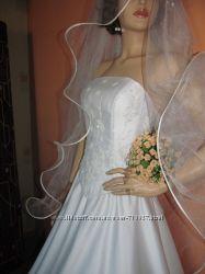 свадебнь1й костюм--лиф и юбка