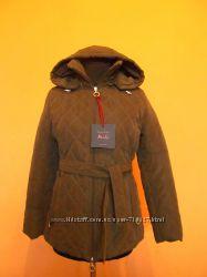 Элегантная курточка с капюшоном р. 42  наш 48