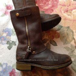 Крутые кожаные сапоги Clarks размер 7, 5