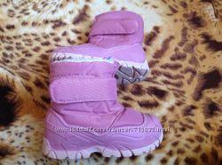 Зимние термо сапожки Quechua Италия размер 24-25 стелька 15, 5 см .