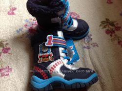 Новые ботинки Mothecare Tomas friends 24 размер стелька 15, 5 см