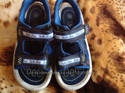 Босоножки Bobbi shoes 30 размер стелька 19 см