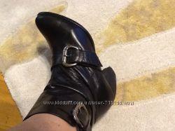 Ботинки полусапожки демисезонные кожаные  стелька 23, 5-24 см