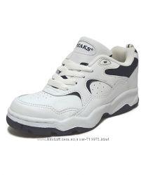 Кожаные кроссовки из Америки  р. 36. 5 стелька 23. 5см