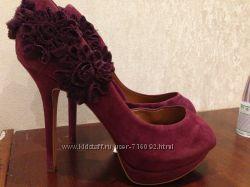 роскошные замшевые туфли ZARA
