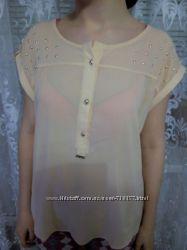 Новая красивая блуза-персик